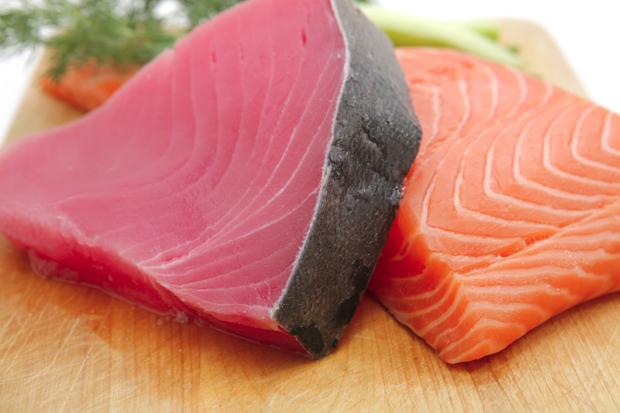 сьомга и риба тон
