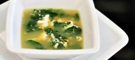 супа от спанак с яйца